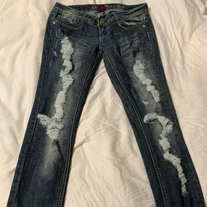 🧡 Almost Famous torn jeans size 5🧡